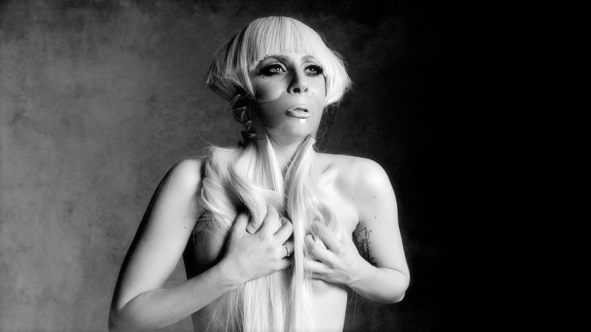 .@RuthHogben is our Fashion Film Award judge! See her work for @ladygaga's Monster Ball Tour https://t.co/gip6d5VEKo https://t.co/VXHABQxKdJ