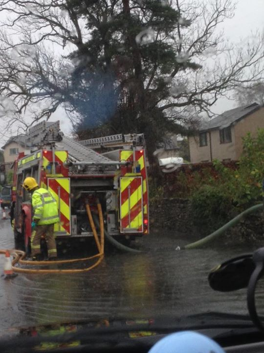 THANK YOU to our Emergency Services & authorities who have worked to keep us safe, Here's Cumbria Fire in Burneside https://t.co/DaXN9ScDpq