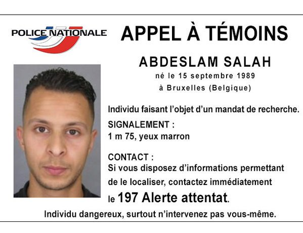 URGENT PHOTO: Image of suspect likely to be linked to #ParisAttacks posted by French police https://t.co/Z8TWDHvLNV https://t.co/NzmUpGgiF7