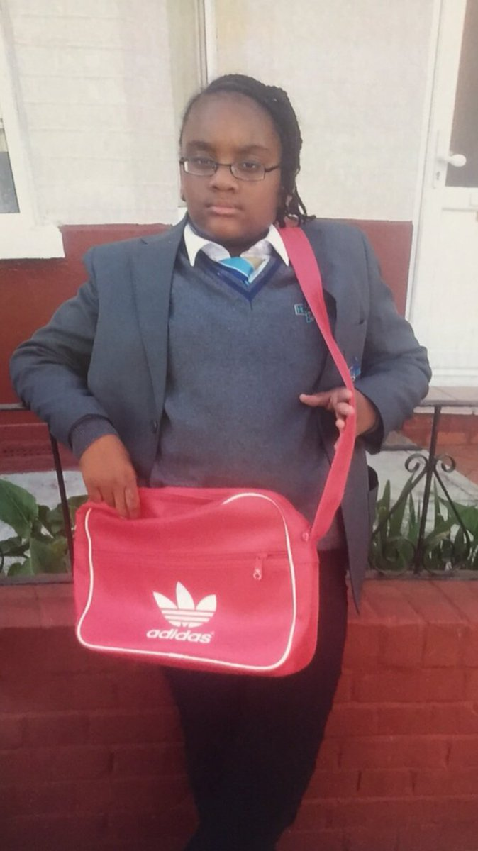 Shenell Fagan, 13, missing from #WoodGreen since 20:45 carrying PeppaPig rucksack. Call 101 if seen. 15MIS045776 https://t.co/SqSHcyjeR2