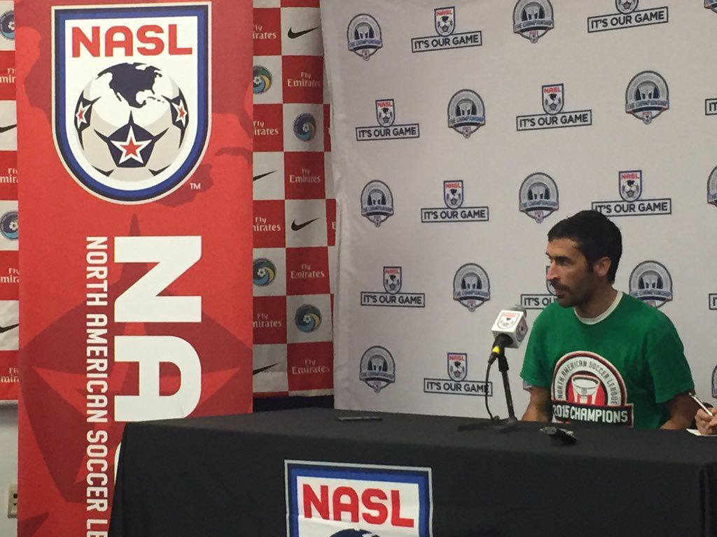 Raúl in his final postgame press conference after winning an NASL title with the @NYCosmos. #TheChampionshipFinal https://t.co/6hHZh7ZXHk