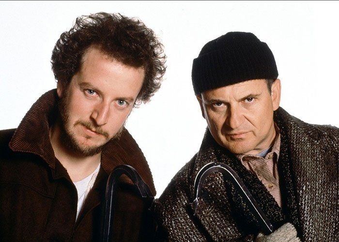 Home Alone came out on this day in 1990. Here's to 25 years of the Wet Bandits. https://t.co/IHFYS0wkLl