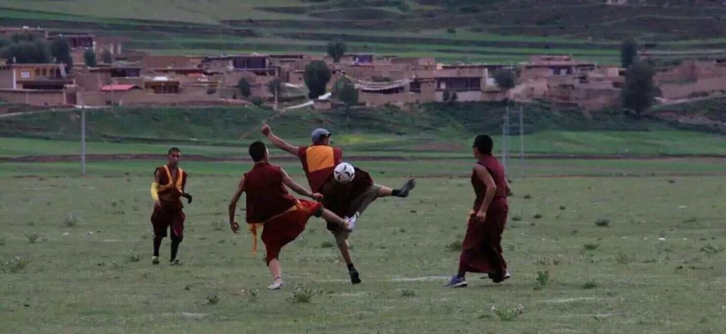 བོད་རང་བཙན་རེད།  チベットに自由を! https://t.co/19sfHjUnRv