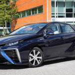 MT @Tekno_Organic Toyota Mirai—1st mass consumer hydrogen fuelcell car—with a stunning debut https://t.co/JSrRCntLS6 https://t.co/1C7G0ZECkA