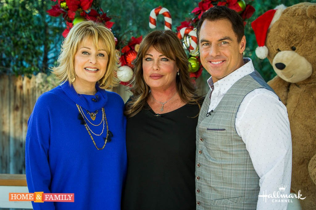 "Always a pleasure having   @KellyLeBrock in our ""home"" today we talk  about #10DaysInAMadhouse! @HomeandFamilyTV https://t.co/ysjhLfHX5Q"