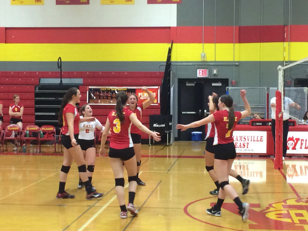 Will East sweeps Niagara Wheatfield in girls volleyball to advance to class A finals  #preptalklive https://t.co/E4die82H8E