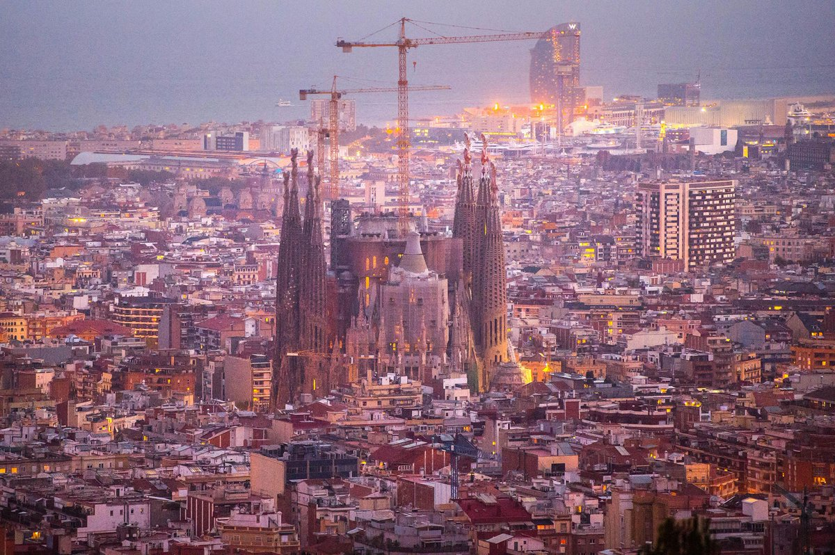 After 133 years, the Sagrada Família Cathedral in Barcelona nears completion https://t.co/kyFGxfdiiD via @NatGeo https://t.co/o4yCAxrP9R