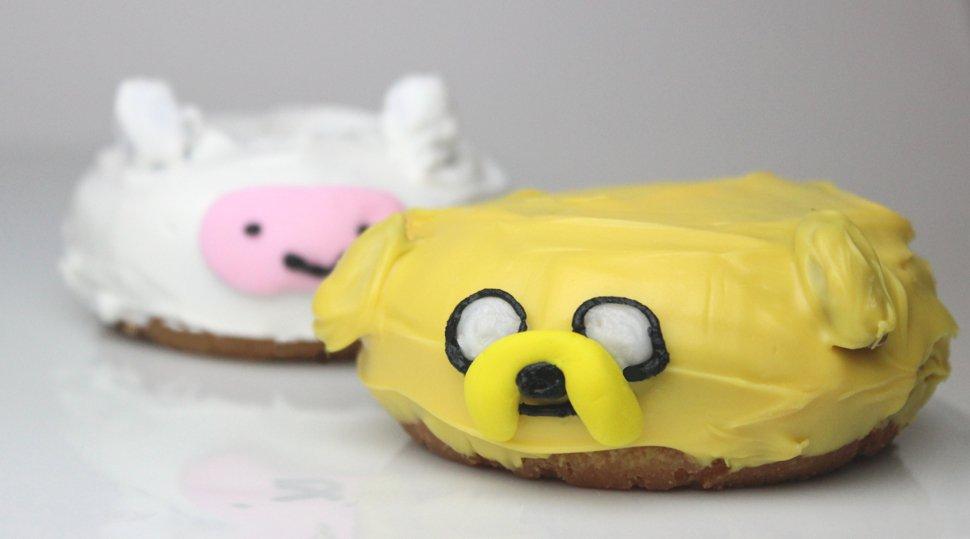 #NationalDoughnutDay again? Well, if you insist! https://t.co/Qjauk3QQ4I #AdventureTime  donuts recipe @nerdist https://t.co/rno7XJ6PdU