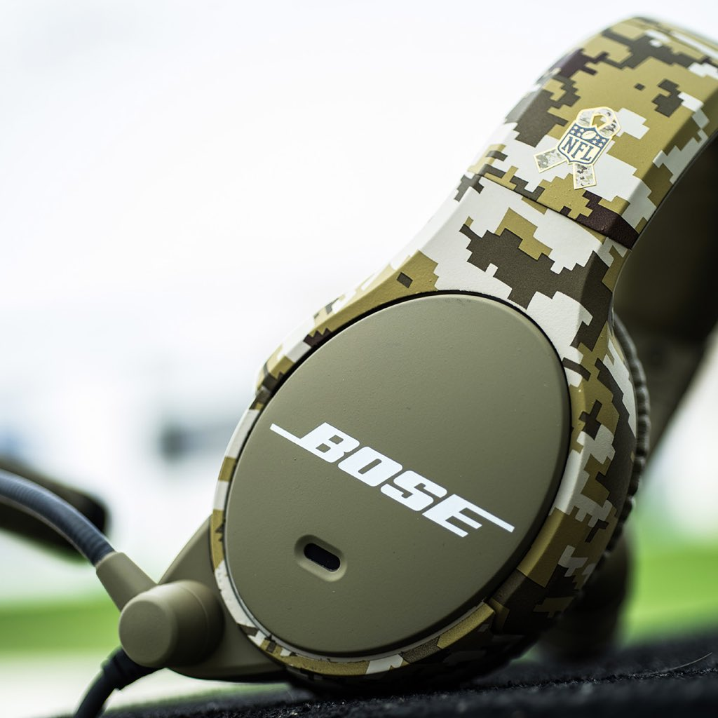 bose nfl headset. bose has made camouflage coaches headsets for the nfl\u0027s \u0027salute to service.\u0027 these nfl headset