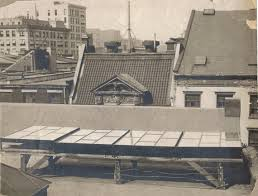 The first ever photo-voltaic solar array, set up by Charles Fritts on the roof of 42 Nassau Street New York, in 1883 https://t.co/bek733jAQB
