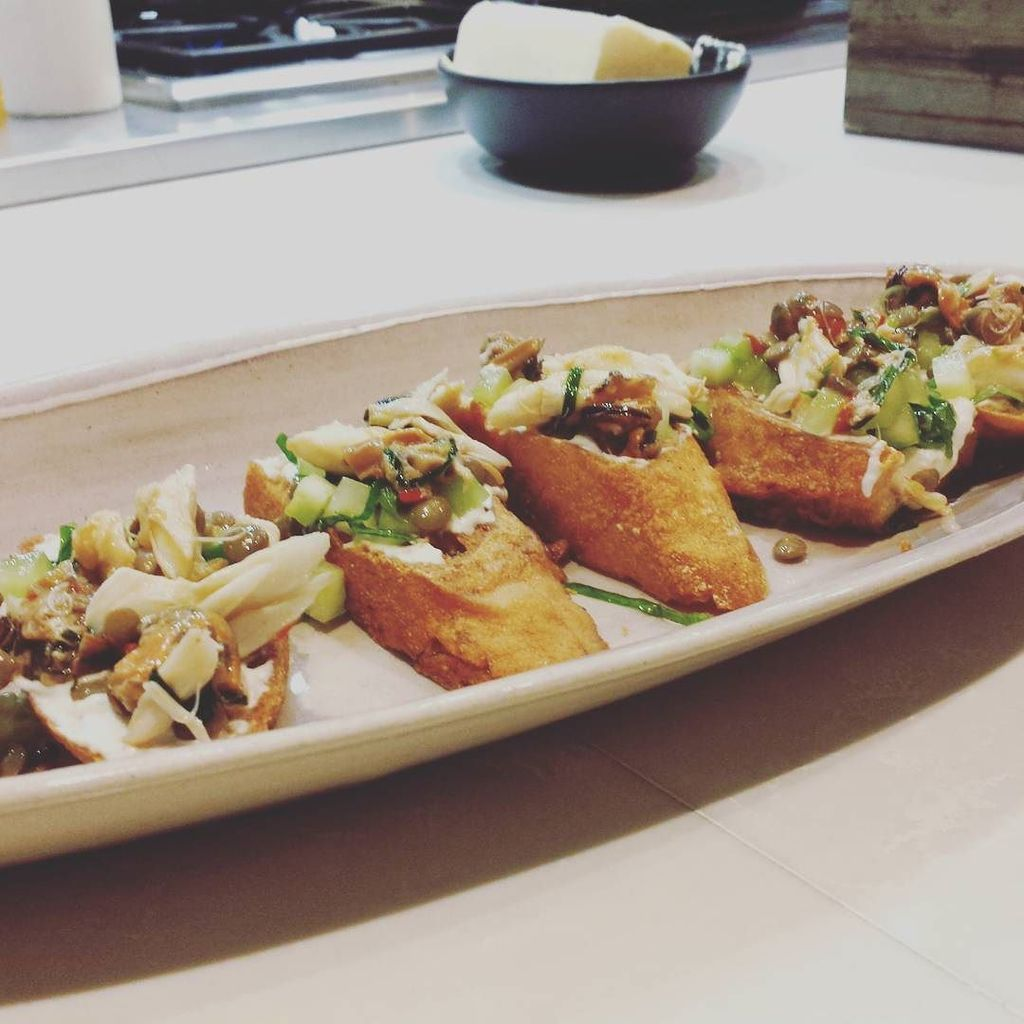 Seafood bruschetta featuring lentils? Wow @cdnlentils, you're opening my eyes! #lovelentil… https://t.co/1XytJwmXqv https://t.co/SHZhXgKrZg