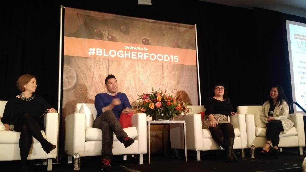 "#BlogHerFood15 @thetomatotart introduces ""shouldless days"" - days when you do NOTHING you SHOULD be doing https://t.co/jsbKRJszzx"