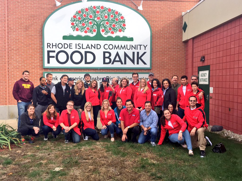 Shannon Hegy (@ShannonHegy): Great morning volunteering w/ @wpri12 team at @RIFoodBank #ScoutingForFood drive. Thnx to all who donated! https://t.co/cT5F1jTwod