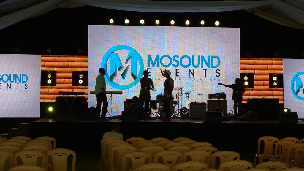 @MinistryOfMouth doing their sound check. @DannMwangi @GiladMillo @ntvkenya @ItsKirwa  #istandwithJanet https://t.co/sl1jeFqfqf