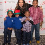 RT @speezyland: A few photos of @JordinSparks at @Macys Great Tree Lighting in Chicago yesterday! ❤️ https://t.co/74x1NhCYnq