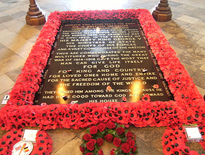 The history of the Unknown Warrior, buried in Westminster Abbey https://t.co/VBVolprSND #Remembrance #WW1 https://t.co/2sJ9zDnczo