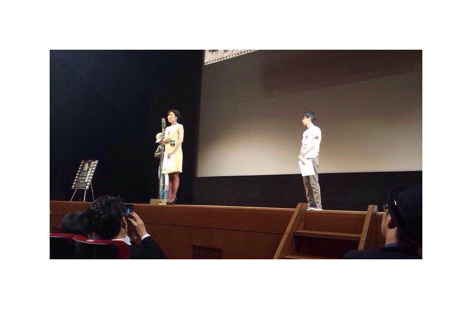 第9回田辺・弁慶映画祭にて『サーチン・フォー・マイ・フューチャー』市民賞(観客賞)、女優賞、男優賞を頂きました〜!こんな賞を頂いたのは人生初めなのでほんとに嬉しいです。大好きな三木聡さんにもお褒め頂けて?!光栄過ぎました。感謝!!! https://t.co/nrzfhDINQi