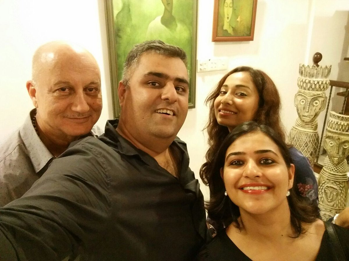 Kuch bhi ho Sakta hai with @anupampkher! Cc @rotalks @TheCoffeeNazi https://t.co/hGP1ECUQhU