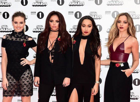 HOLY CHIC! Little Mix rock girl band glam once again > https://t.co/CaemvQeFdL #SPLOVES https://t.co/nKFcJmmxm0
