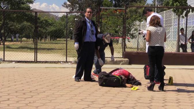 Tragedia en México: Mata al entrenador de su hija por no convocarla https://t.co/orkvrkah1a