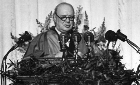 5 mars 1946 d but de la guerre froide avec le discours de churchill fulton. Black Bedroom Furniture Sets. Home Design Ideas