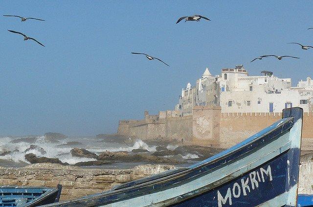 #Morocco's coolest city? Majestic white Essaouira: https://t.co/VkeAnQ3MRP. #ttot @RAM_Maroc @Lahcenhaddad https://t.co/FlHPid1Qn1