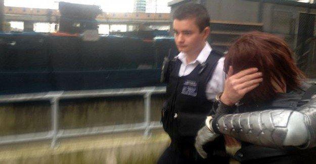 Mistaking cosplayer for gunman, London police arrest Winter Soldier - https://t.co/HbKh9t3Eex https://t.co/5IuTiOhRgL