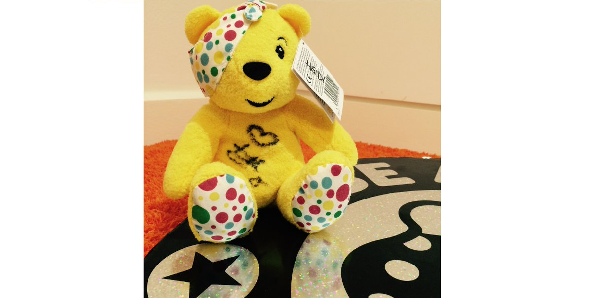 """@PostOffice: Hey @Heidi_range , how many retweets do you think we can get for your signed Pudsey bear? https://t.co/jBzop4KWKM"" Let's see!"