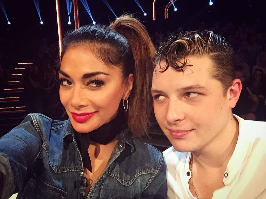 Kickin it with my boy @johnnewmanmusic #BringTheNoise https://t.co/GejNrkxTF3 https://t.co/rqsBm7pgvD