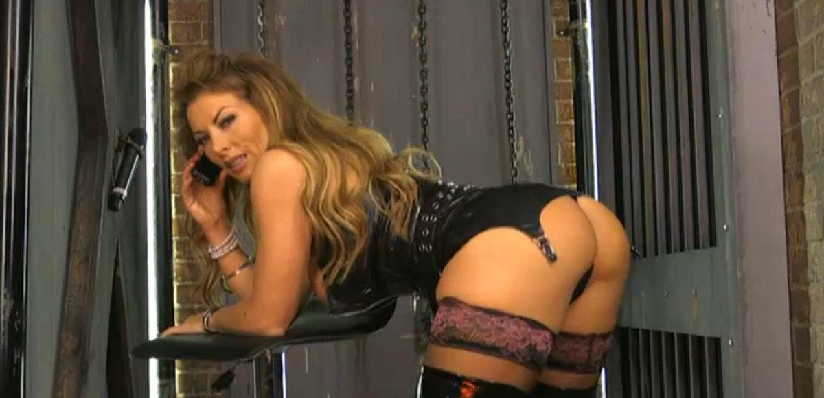 RT : - LIVE NOW at vfyMjoOeuj - Watch & Call the #Babestation