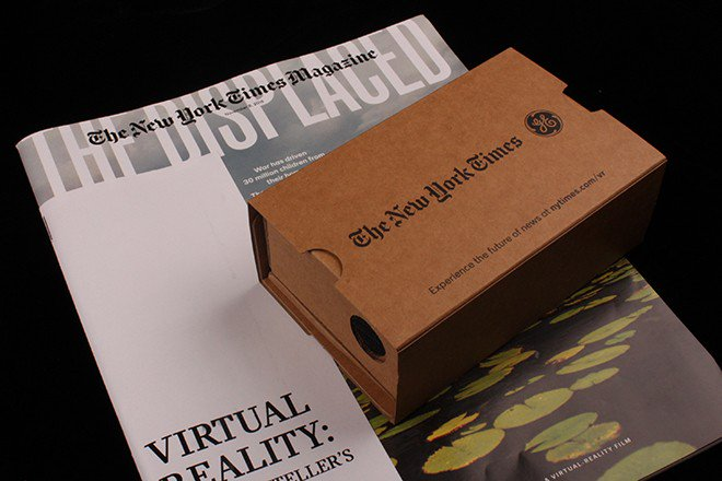 We talk to @NYTmag design director @GailBichler about last weekend's VR issue: https://t.co/SXXSPrGfXi https://t.co/clz7vE0Ofr