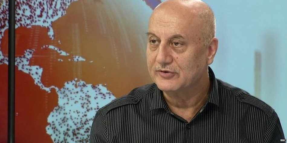 Bollywood actor @AnupamPkher thinks Indians shouldn't say India has become intolerant