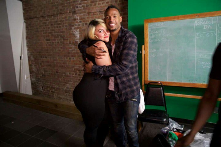 W the love of my life @MarlonWayans he murdered that show at stress factory!!! I want my kiss pic tho