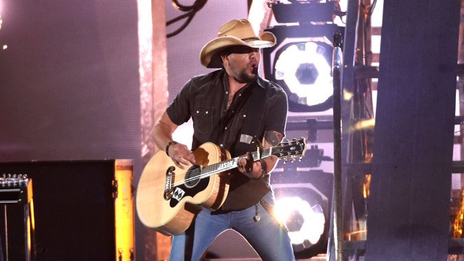 Jason Aldean Dressed in Blackface as Lil Wayne for Halloween, Rep Confirms