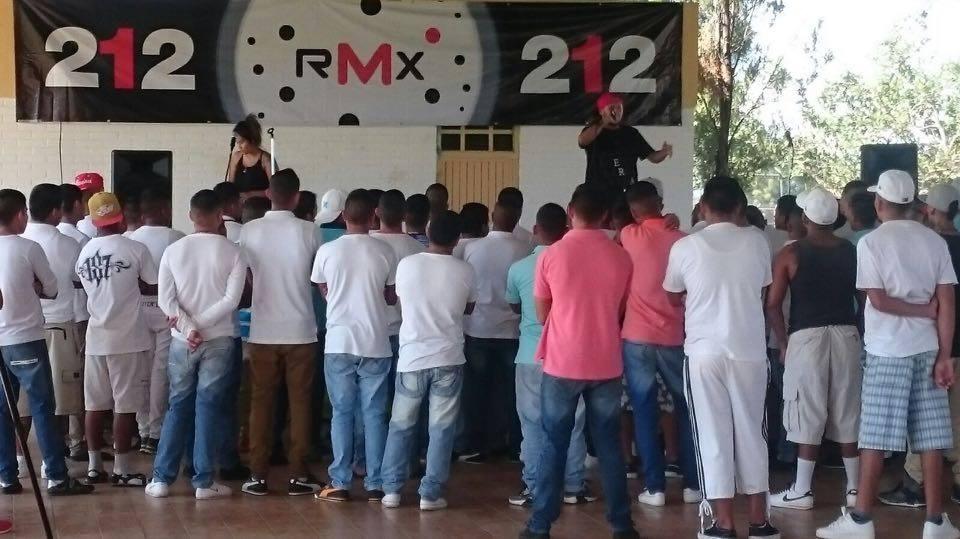 """Hoy llevamos #212RMX EXTRA a """"La Granja"""" Centro de Atención Integral Juvenil del Estado con @MalaFamaRap  @Leazzy16 https://t.co/nwNqLDRtFx"""