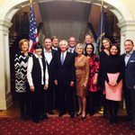 Fairwell dinner at the mansion with the Governor, First Lady and friends! https://t.co/q0kvRGms1L
