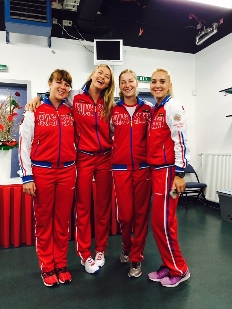 Back together! #TeamRussia https://t.co/DZsNpZzDi4