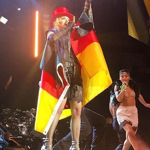 Thank You Berlin! We Love you????????❤️ #rebelhearttour https://t.co/5NBmQfZHmb