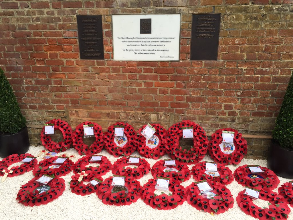 11 local heroes remembered today at St George's Chapel Woolwich #ArmisticeDay more info- https://t.co/7RIMej0dyu https://t.co/0jP1a62mfA