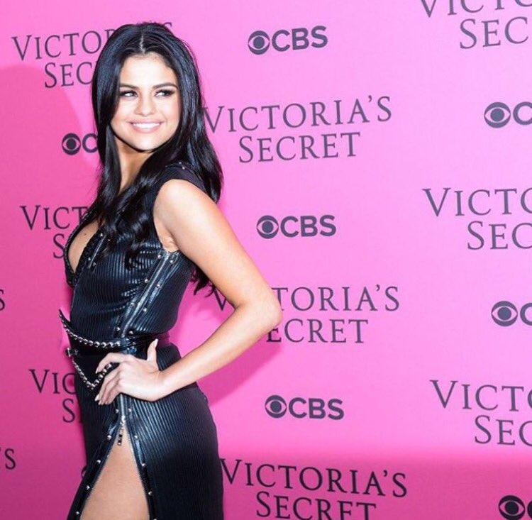. @selenagomez at the Victoria secret show