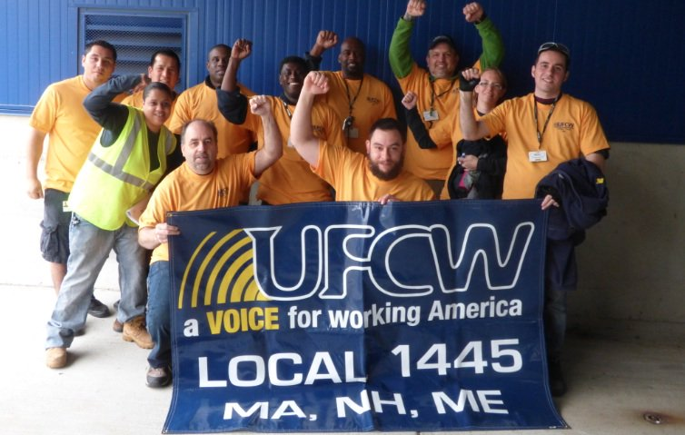 Retweet 2 support IKEA warehouse workers who want to unionize with UFCW Local 1445! #StandWithStoughton #UnionAtIKEA https://t.co/4SXdhBEdGn