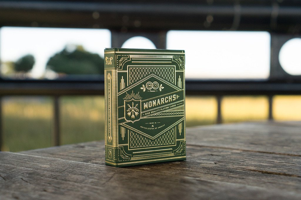 Monarch Playing Cards from @theory11 #radthings https://t.co/m7NoCGBzZv