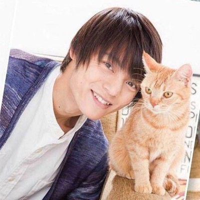 test ツイッターメディア - 窪田正孝が猫と戯れてて可愛いと思ったらRT&フォローお願いします♪ https://t.co/DtBAVk85Rc