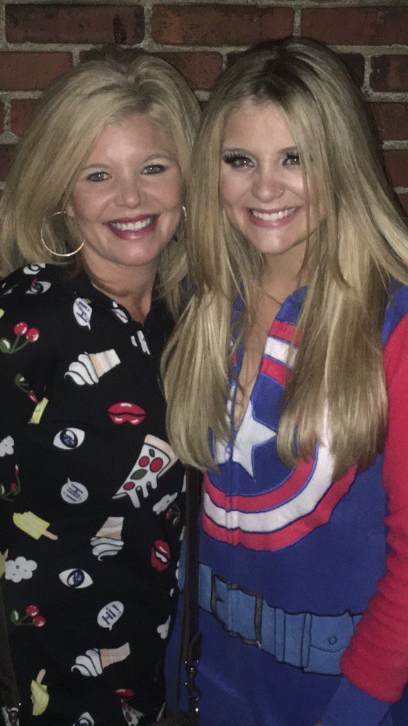 Me and my beautiful daughter @Lauren_Alaina on her 21st birthday:) https://t.co/2kTgssR9F6