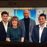 RT @vincentniclo: Merci @reallorraine for this wonderful morning with you, @MrPeterAndre  and @gareththomas14. You are amazing https://t.co…