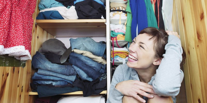 V deo as se dobla la ropa con el m todo konmari - Metodo konmari ropa ...