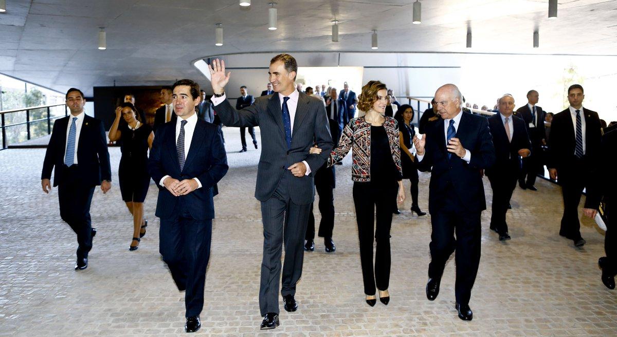 Sus Majestades los Reyes visitan la Ciudad BBVA en Madrid #LaVela https://t.co/f8McmHgPR0 https://t.co/7nw0Dt4chi