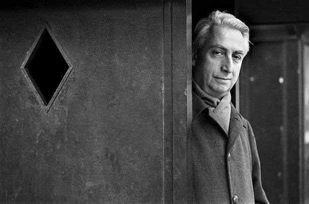 Happy 100th birthday, Roland Barthes! https://t.co/d1q2OfqerE @GuardianBooks https://t.co/7bPi2slofB