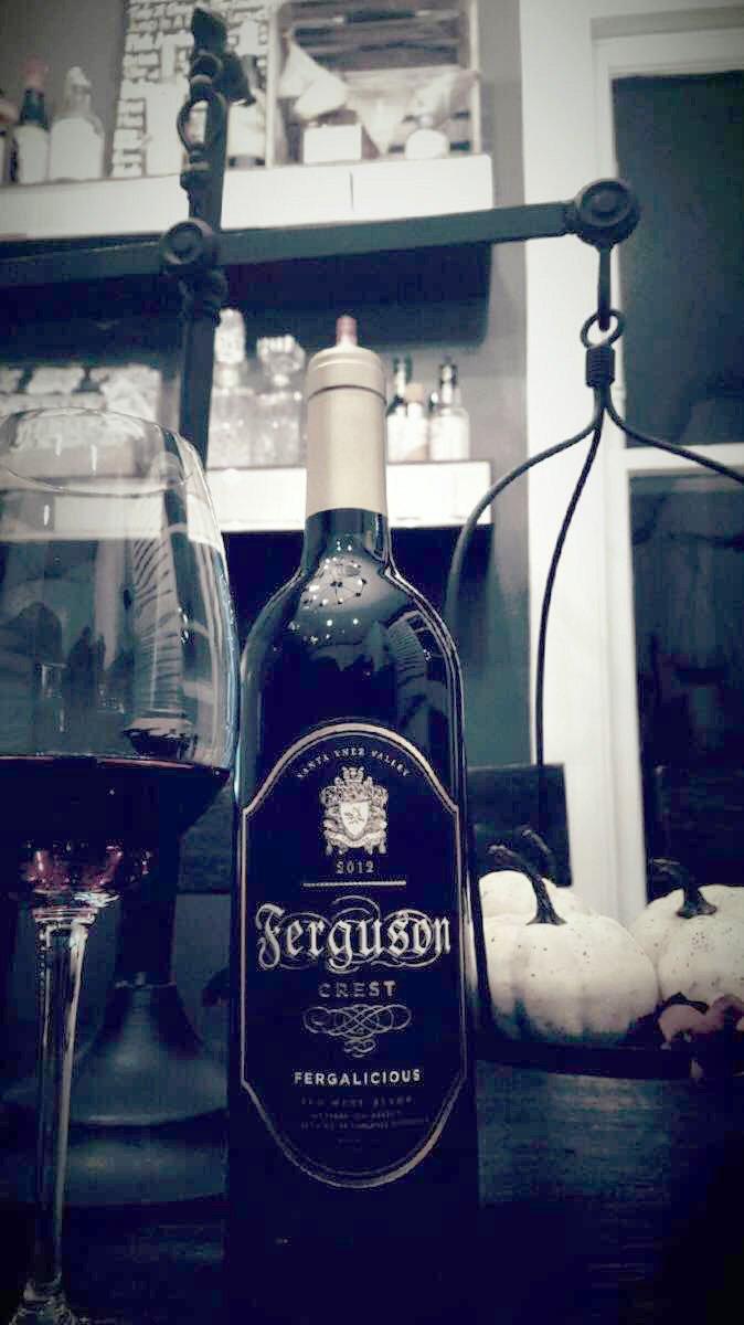 RT @FergusonCrest: I feel u, I taste u. The smoothest #wine. Like #velvet #canthelpit. This ❤️s divine. #fergie https://t.co/sYdzt15KBl htt…