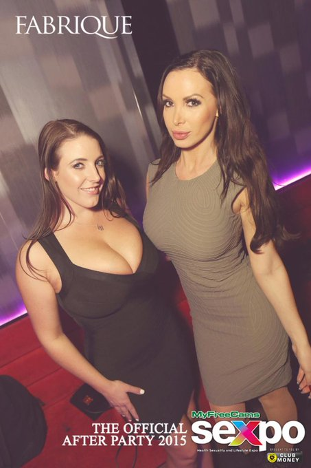1 pic. VIP at @FabriqueBar for the #Sexpo After party with @nikkibenz and @marica_1029! ?? https://t
